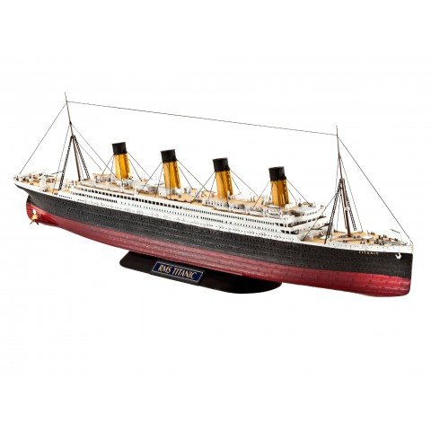 Revell Model Set vapor R.M.S. TITANIC RV5210